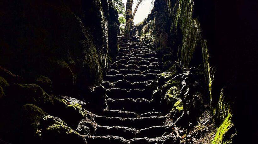 ingresso grotta Etna